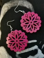 Violetit kukkakuvio korvakorut
