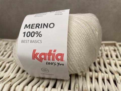 Katia Merino 100% , väri 01 valkoinen