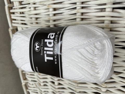 Svarta Fåret Tilda, väri 04 valkoinen