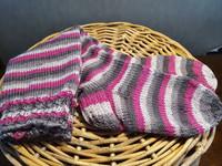 Räsymatot harmaa-pinkki polvisukat Koko 37-38