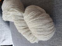 Willas villalanka vaalean harmaa, poikkeuksellisesti 375m /vyyhti