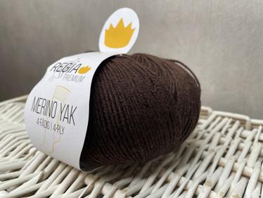 Regia Premium Merino Yak, väri 7512  Schokolade