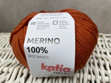 Katia Merino 100% , väri 20 tumma oranssi