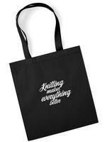 Neulojan kangaskassi, Knitting makes