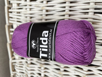 Svarta Fåret Tilda, väri 564 violetti