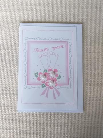 Kortti, Pienelle tytölle, vaal.pun, ruusut+varpaat