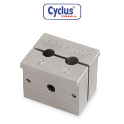 HUB AXLE REPAIR HOLDER CYCLUS