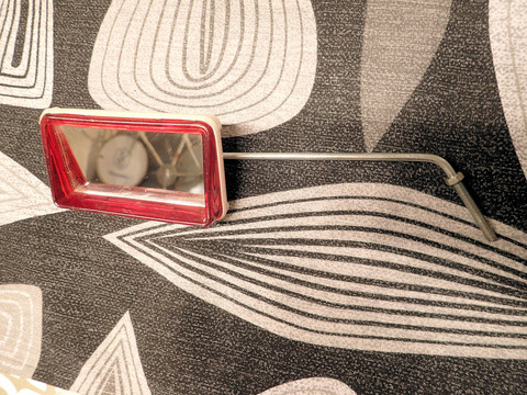 REAR VIEW MIRROR RED NOS