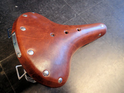 LEATHER SADDLE BROWN CHROMED SPRINGS