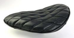 BOARD TRACKER SADDLE BLACK W/DIAMOND SEAMS