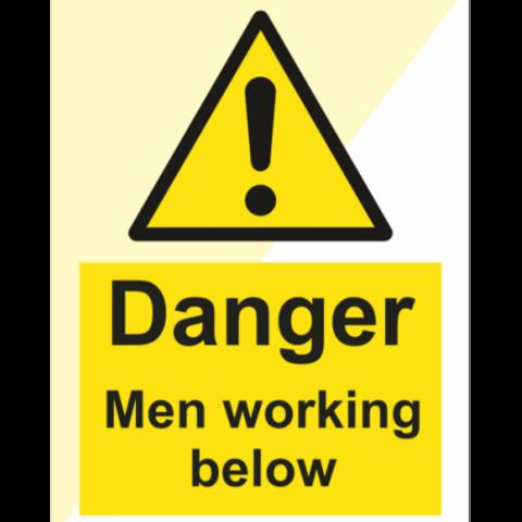 Vaara Miehet työskentelevät alla