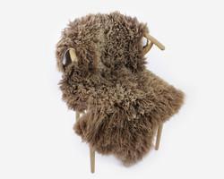 Lampaantalja vaaleanruskean sävyinen muhkea villa