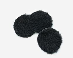 Turkistupsu lampaantaljasta musta lyhytvillainen