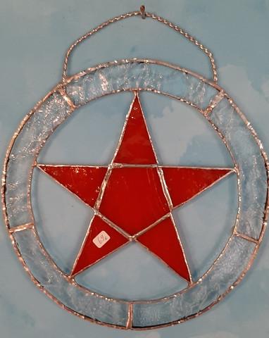 pentagram tiffany työ, pun