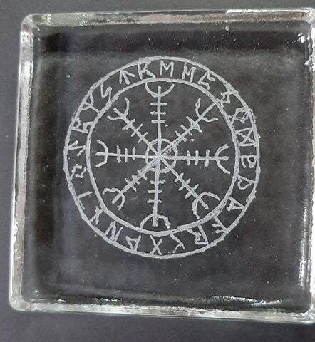 Aegishjalur Amuletti