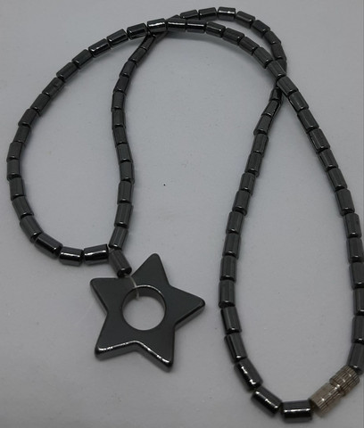 Hematiitti pentagram
