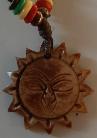 Aurinko + nahkanauha