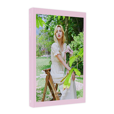 MINA - YES, I AM MINA. (PHOTOBOOK) PINK VER.