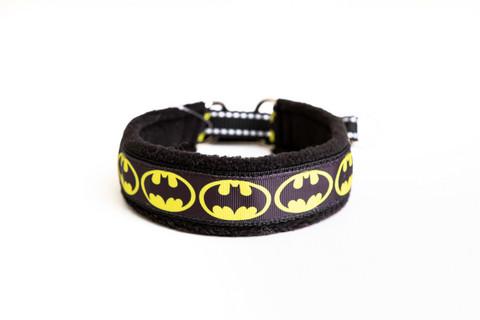 Vijue puolikiristävä panta Batman musta