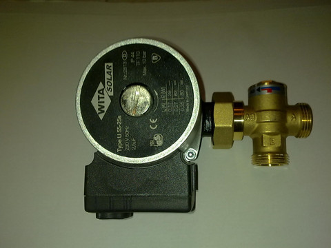 Latauspumppu termostaattiventtiilillä
