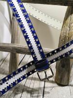 Valkoinen nahkavyö siniselläharkolla ja sirkoilla 40mm/1h