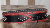 Musta lapinvyö punaisella harkko reunoilla 80mm/1h