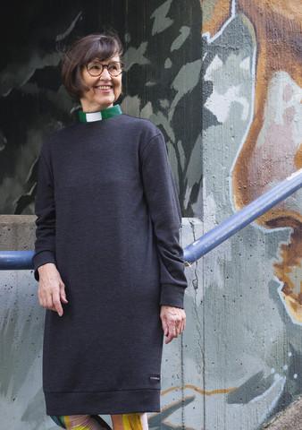 Merino wool dress with a green tab collar