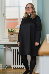 Black wool dress with tab collar