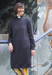 Merino wool dress with a tab collar