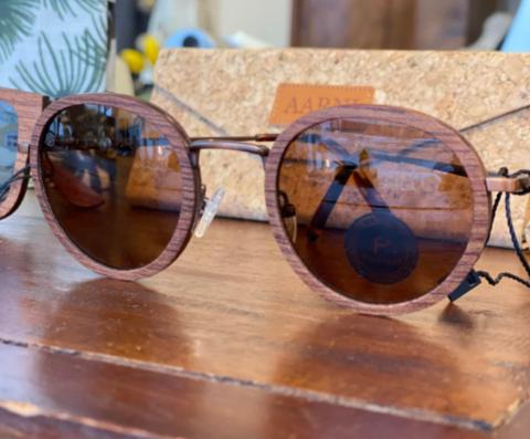 Bally Rosewood, puukehyksiset aurinkolasit