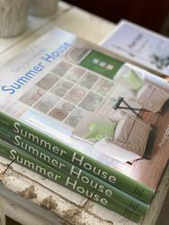 Summer House kirja