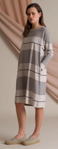 Alba raidallinen trikoomekko