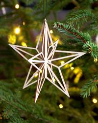 Valona tähtikoriste pieni puu