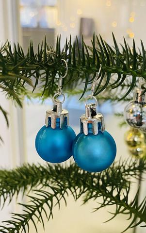 Joulupallo korvakorut
