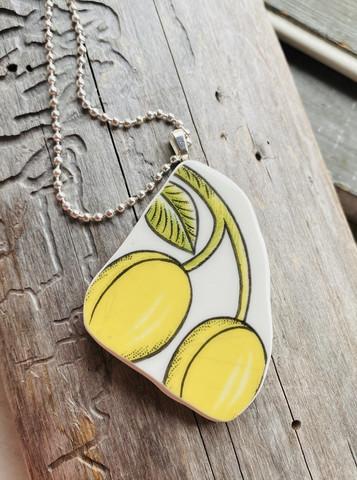 Uniikki kaunis astiakoru riipus, hedelmät, kaksipuoleinen