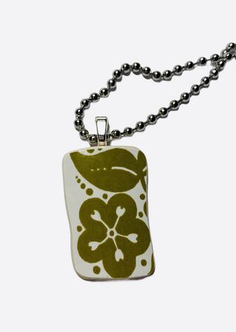 Uniikki kaunis astiakoru riipus, vihreä kukka