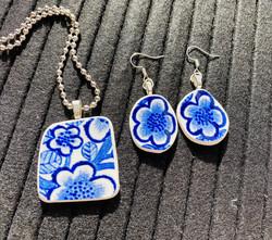 Korusetti, siniset kukat