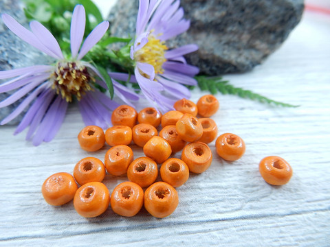 Puuhelmi , 4.5x3mm , oranssi, 50kpl