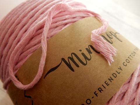 Makramee lanka, vaaleanpunainen, 1m