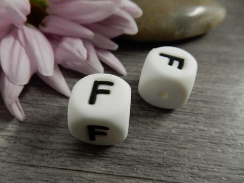 Kirjainhelmi F, 12mm, valkoinen, 1kpl