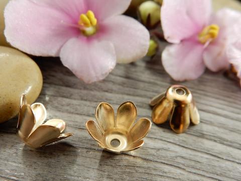 Helmihattu kukka, 10mm, vaaleakulta, 10kpl