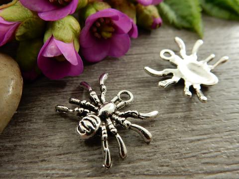 Hämähäkkiriipus, 19x14mm, kromi, 1kpl