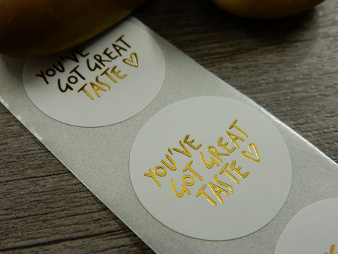 You´ve got great taste tarra, 25mm, kulta/valkoinen, 10kpl