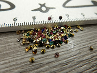 Strassit, 2mm, mix setti, 100kpl