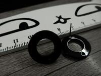 Korvakorutappi rengas reijällä, 18x12mm, musta, 1pari