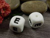 Kirjainhelmi E, 12mm, valkoinen, 1kpl