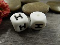 Kirjainhelmi H, 12mm, valkoinen, 1kpl