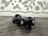 Pääkallohelmi, 13x9x11mm, musta, 1kpl
