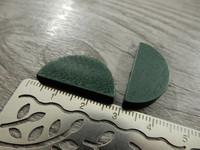 Puoliympyrä puuhelmi, 25x13mm, vihreä, 1kpl