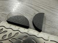 Puoliympyrä puuhelmi, 25x13mm, musta, 1kpl